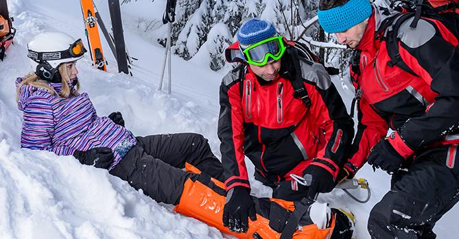 ski injjury downhill first aid